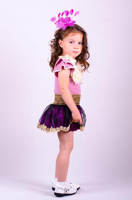 Модная одежда на девочке