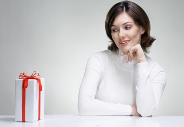 Долгожданный юбилей – тридцать лет. Что подарить женщине в этот праздник?