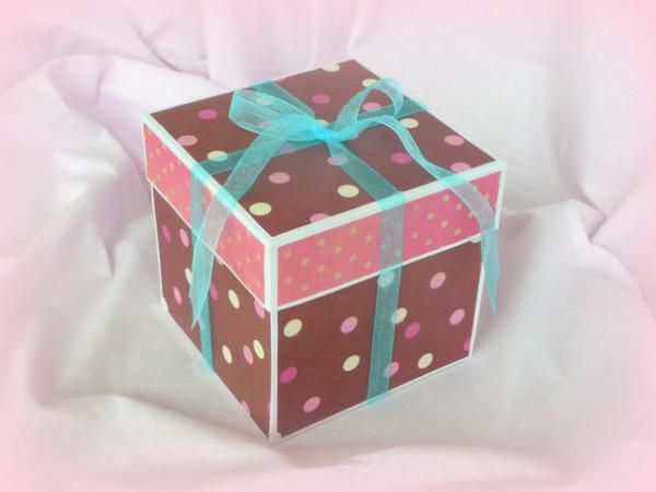 коробочка с сюрпризом внутри