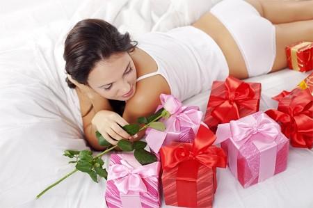 Любимая заслуживает самого лучшего. Выбираем достойный подарок!