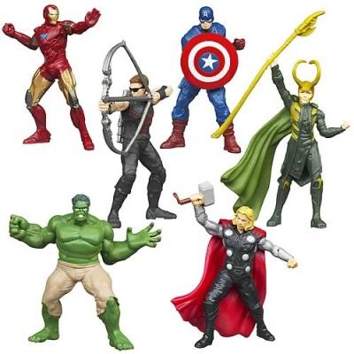 коллекция фигурок-героев