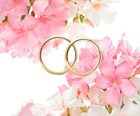 1 год со дня свадьбы: что подарить супругам?