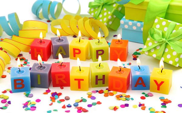 Свечи - кубики с днем рождения
