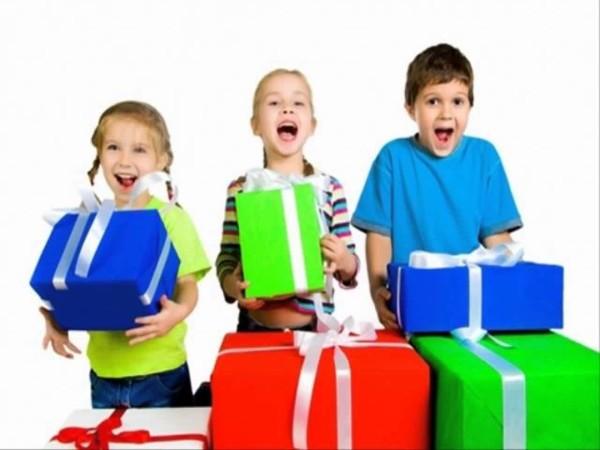 Самые лучшие подарки для детей – вещи, которые сделают праздник незабываемым!