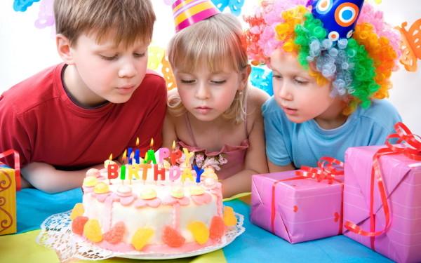 Поздравляем ребенка – оригинально, весело, креативно и со вкусом!