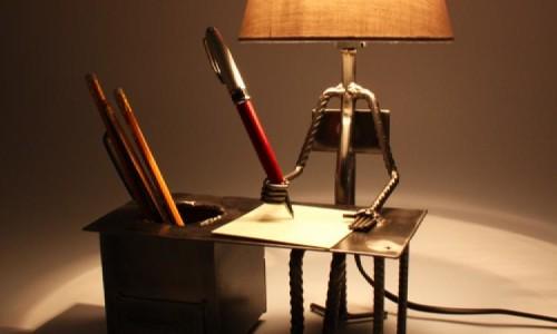 необычная подставка для ручек