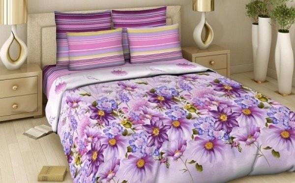 Фиолетовое постельное белье с цветами