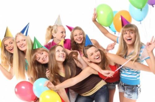 Подруги на дне рождении 14 лет