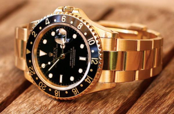 Золотые мужские часы