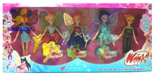 набор красивых кукол