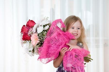 Первый маленький юбилей – пять лет девочке. Нужен особенный подарок!