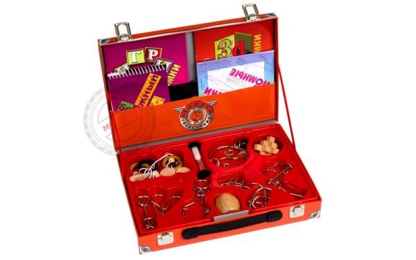 чемодан головоломок