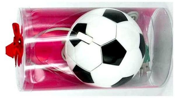 Футбольный мяч в упаковке