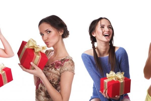 Выбираем для подруги лучший подарок на 35-летие