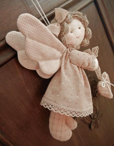 статуэтка в виде ангела