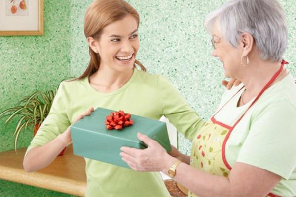 Выбираем подарок для мамы. Лучшие идеи для лучшего праздника!