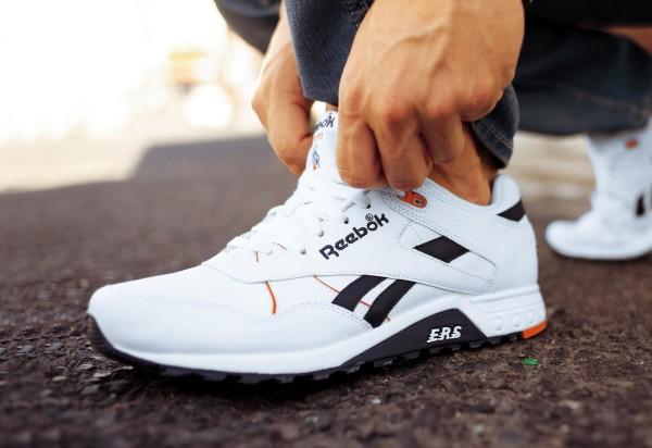 кроссовки известного бренда