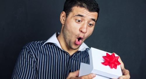 Подарок другу на день рождения своими руками — оригинальные идеи