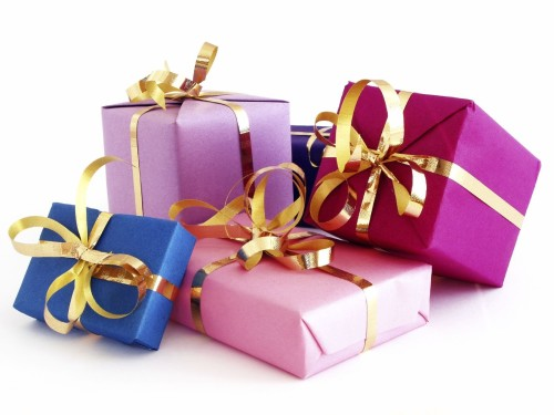 На день торжества готовим своими руками подарки для папы