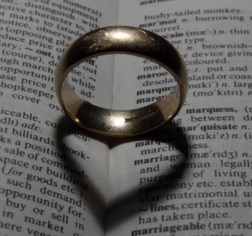 Чугунная свадьба – оригинальные подарки для любимого мужа