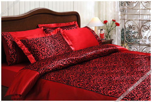 постельное белье красного цвета