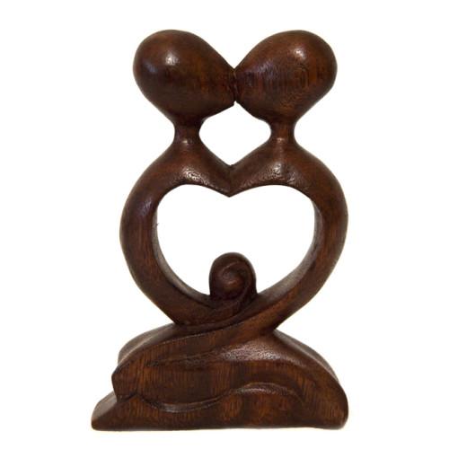 статуэтка из древесины