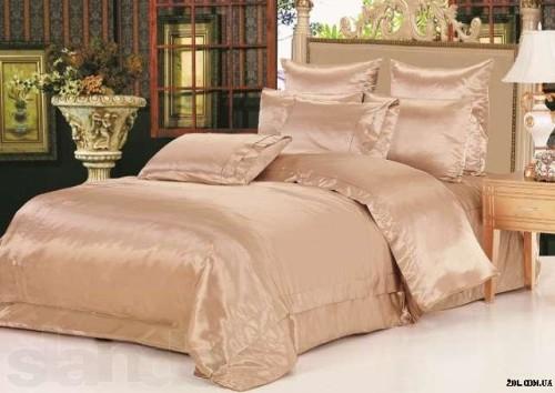постельное белье из роскошного атласа