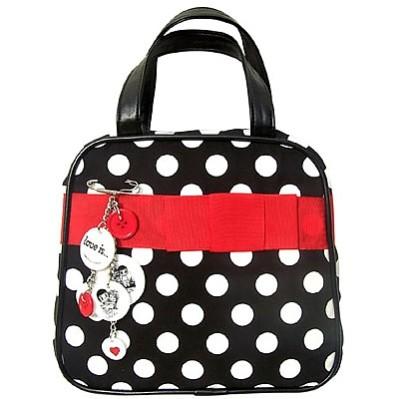 красивая и модная сумочка