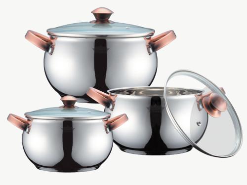 набор качественной металлической посуды