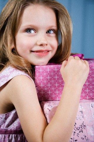 Выбираем подарок для девочки на 9-летие. Лучшие идеи
