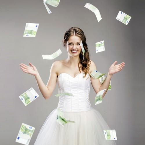 Дарим деньги на свадьбу: оригинальный сюрприз и креативный подход!