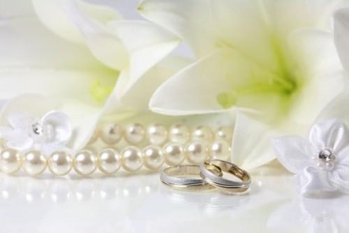 Родители празднуют жемчужную свадьбу. Каким должен быть подарок?