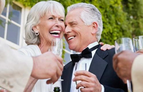 Подарок родителям в день свадьбы. Выбирайте правильно!