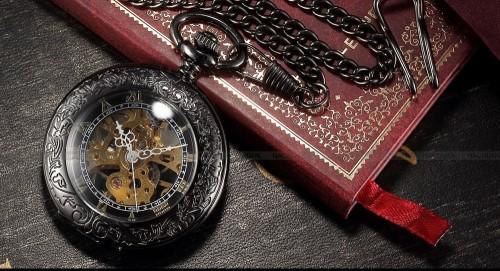 Карманные часы в подарок жениху