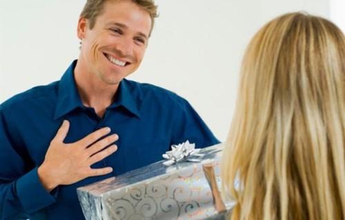 Подарки для любимых. Лучшие идеи, как поздравить мужчину!