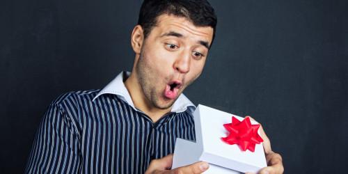 Сладкие подарки мужчинам. Делаем сами…. из конфет!