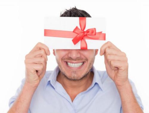 Подарки мужчинам: самое оригинальное и необычное