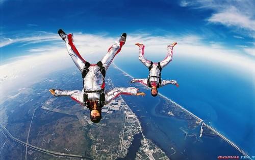 Прыжок с парашюта в качестве подарка
