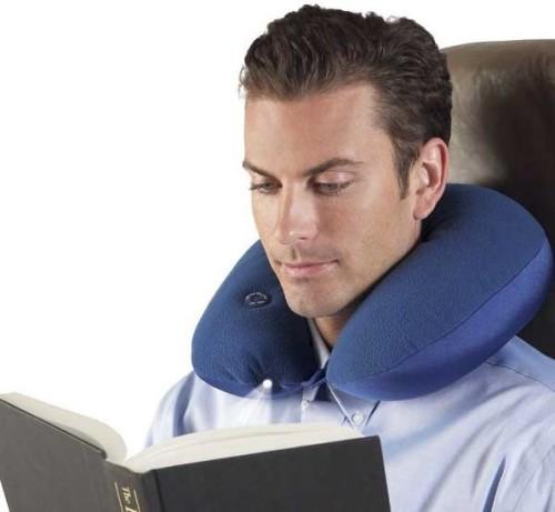 Подушка-подголовник мужчине
