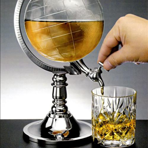 Глобус с виски в подарок