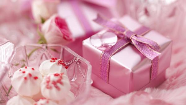 Яркие и креативные подарки своими руками