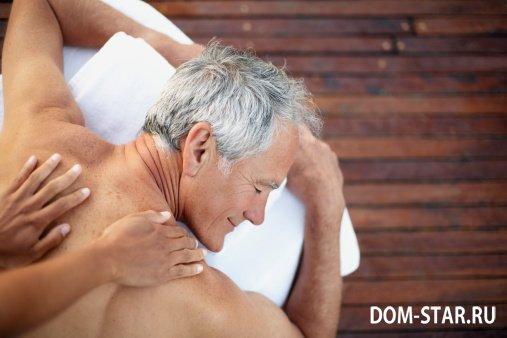 Смотреть эротический массаж пенсионерам