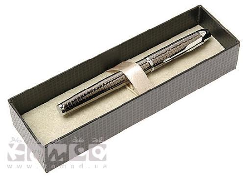 ерьевую ручку в красивом футляре