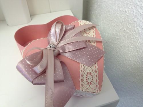 коробка – в форме сердца