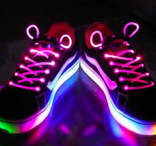 прикольные светящиеся шнурки