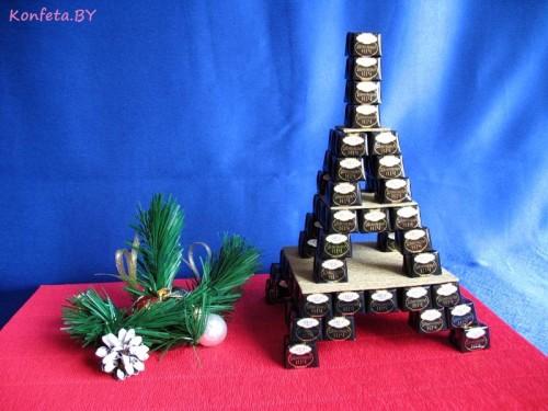 Башня из конфет