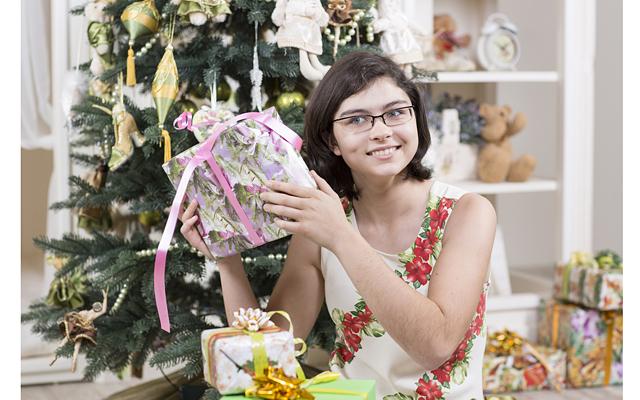 Что подарить на Новый год подростку
