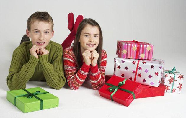 Выбор подарка для подростка на Новый год: особенности и нюансы