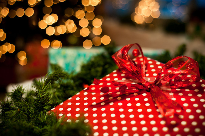 Чем порадовать свекровь и свекра в Новогодние праздники?